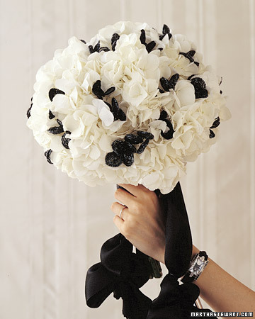 Classic Mono Bouquet