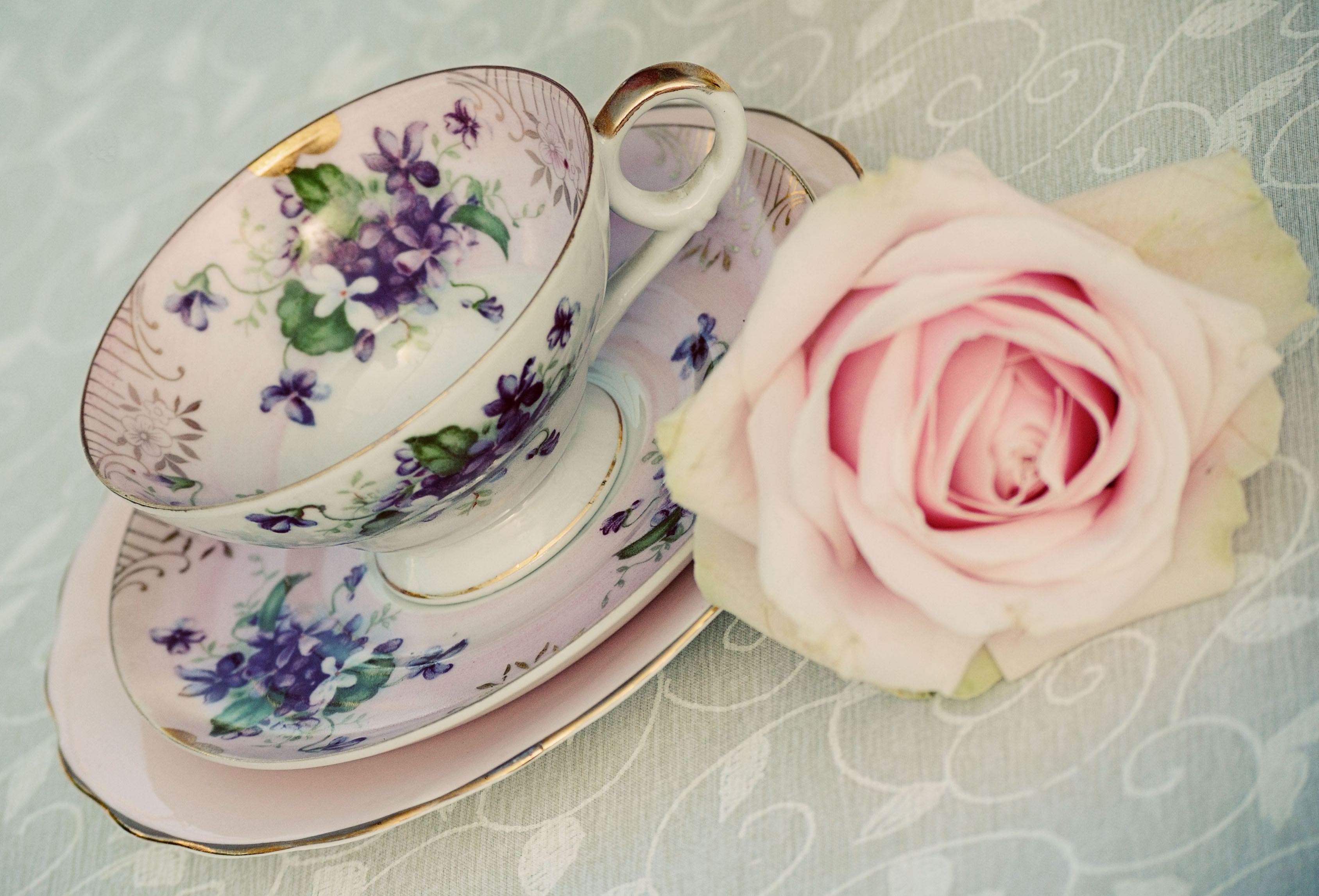 planning a vintage wedding part 4 tea time the wedding dolls. Black Bedroom Furniture Sets. Home Design Ideas